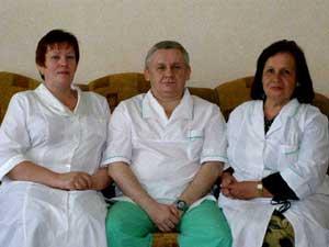 Врачи  Л.М. Легченкова, О.Н. Швидун и И.И. Наумова. Ими всегда довольны большие и маленькие отдыхающие санатория.