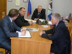 В.Г. Кривоносенко с гостями из Железногорска